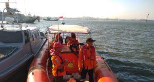 Basarnas Pos SAR Jepara melakukan pencarian terhadap nelayan hilang di Perairan Ujungwatu (Dok: Basarnas)