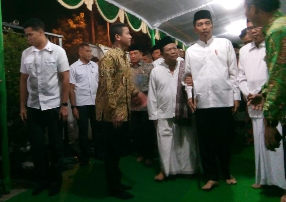 Presiden Joko Widodo berkunjung ke pondok pesantrean Girikusumo, Jumat, 19 Oktober 2018.