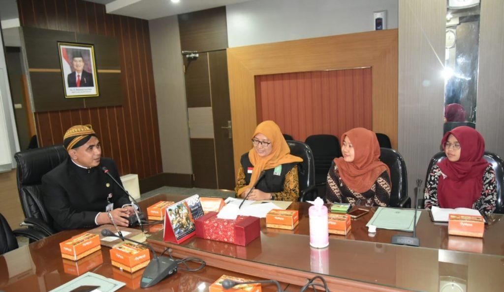 Pengurus LPBI Jawa Tengah sedang audiensi dengan Wakil Gubernur Jawa Tengah, Taj Yasin, Selasa, 15 Januari 2019. (istimewa)