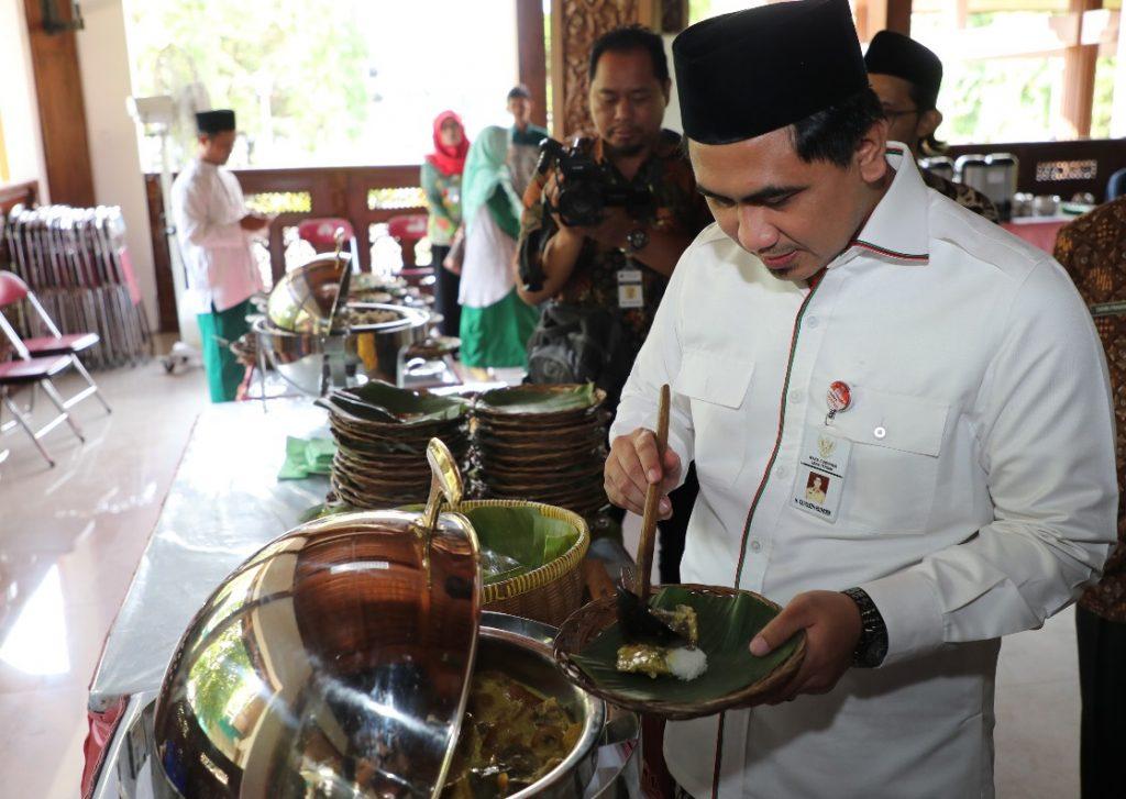 Wagub Jateng, Taj Yasin, Nasi Penggel, Kebumen