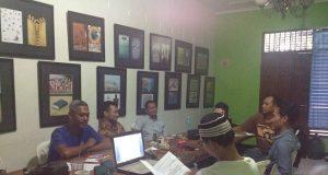 Pekerja media iNews TV Semarang (PT Global Telekomunikasi Terpadu), Uud Catur Nugroho mengadukan pemberhentian kerja sepihak yang ia alami kepada Perhimpunan Bantuan Hukum dan Ham Indonesia (PBHI) Jawa Tengah, Jumat, 5 Maret 2019.