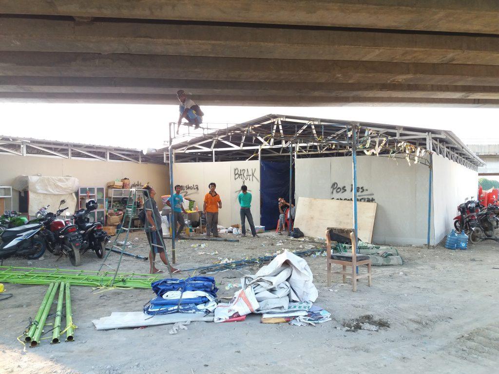 Hunian Sementara untuk warga Tambakrejo yang sebelumnya digusur, foto Tamam/serat.id