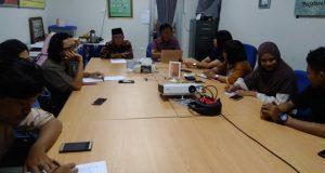 Tim ad hoc yang dibentuk Dekan Fakultas Ilmu Budaya (FIB) Universitas Diponegoro (Undip) untuk mengungkap kasus dosen mesum. (Foto Ulil Albab Alshidqi/ Serat.id)
