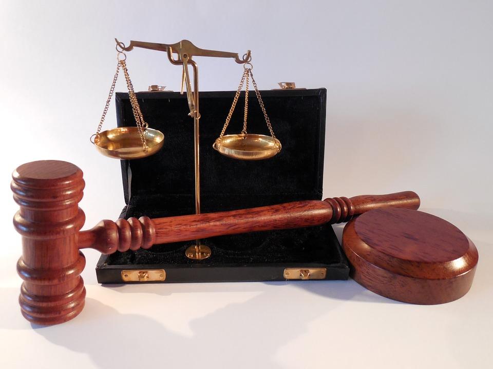 Hukum,sidang