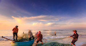nelayan, tradisional